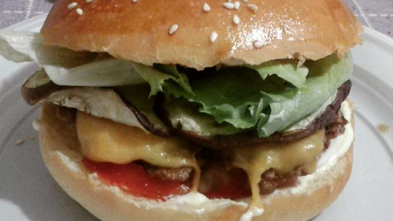 Panini per cheeseburger