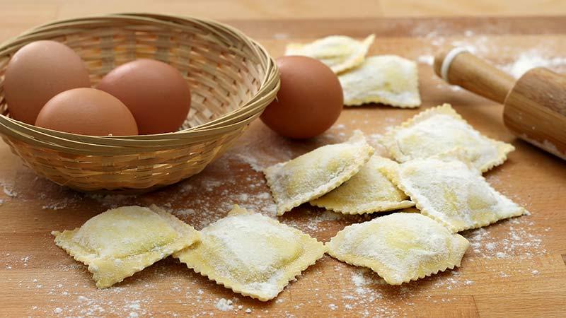 Pasta all'uovo per ravioli