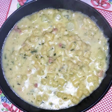 Pasta fave secche e patate