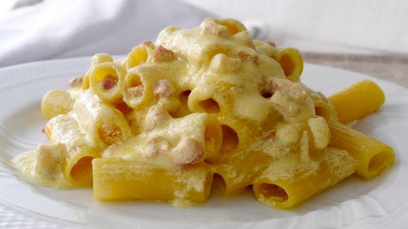 Pasta ricotta, zafferano e pancetta