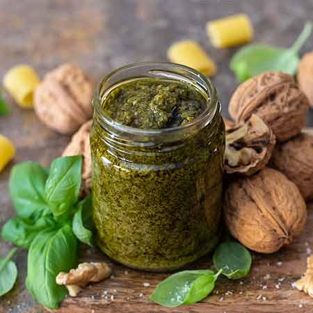 Pesto di basilico e noci