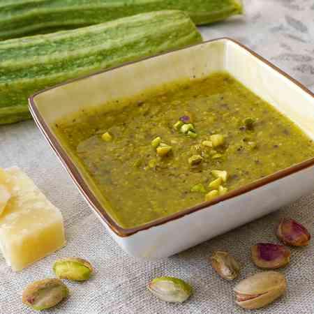 Pesto di pistacchi e zucchine
