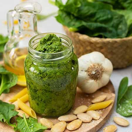 Pesto di spinaci senza cottura