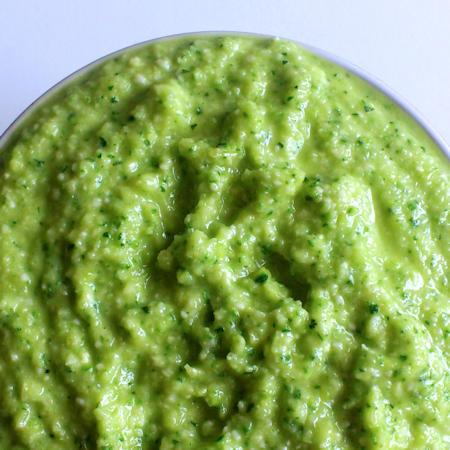 Pesto di zucchine leggero