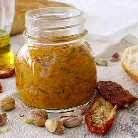 Pesto pistacchi e pomodori secchi