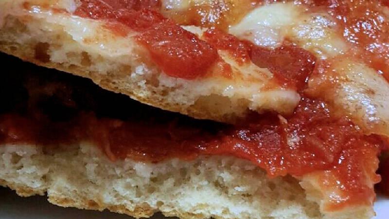 Pizza veloce con il lievito istantaneo