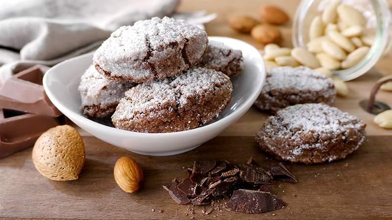 Ricciarelli di Siena al cioccolato
