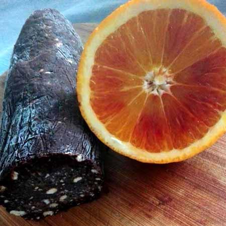 Salame di cioccolato all'arancia