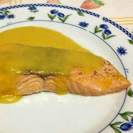 Salmone con salsa all'arancia
