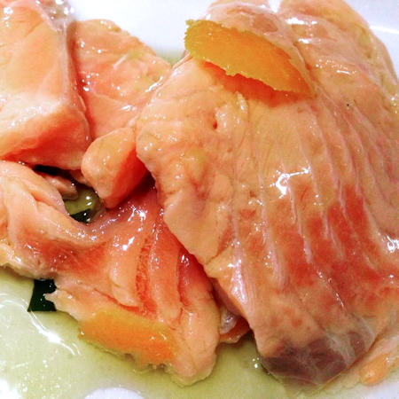 Salmone in salsa all'arancia