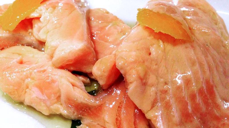 Salmone in salsa all'arancia