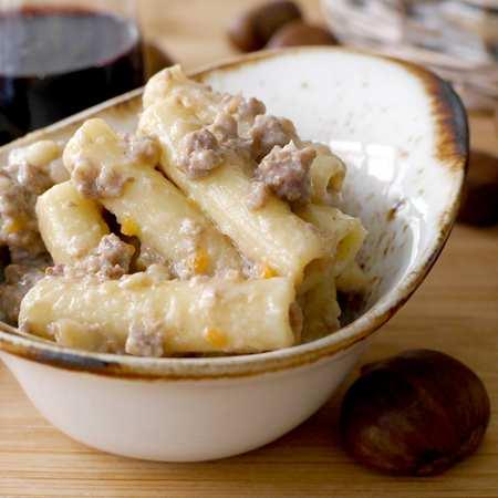 Salsa salsiccia e castagne