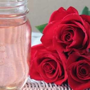 Sciroppo alimentare alle rose