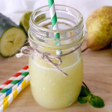 Succo di pera cetrioli e zenzero