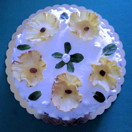 Torta ai fiori di ananas