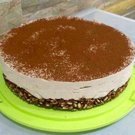 Torta gelato con riso soffiato