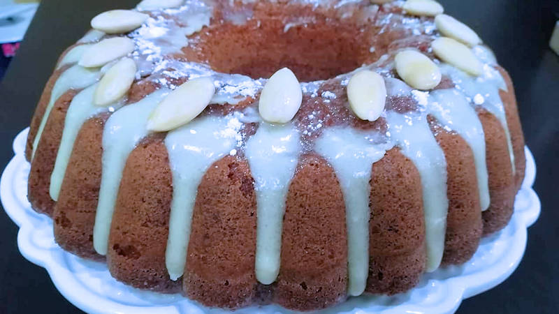 Torta mandorla e cioccolato bianco