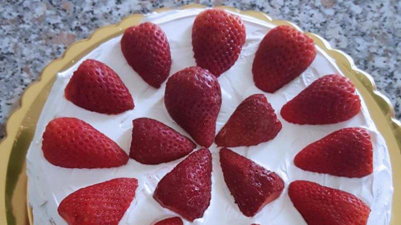 Torta Morbida Con Panna E Fragole Ricette Bimby