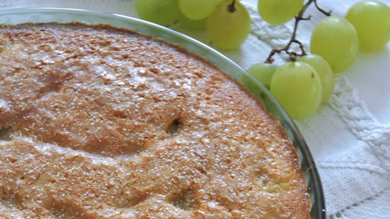 Torta soffice all'uva