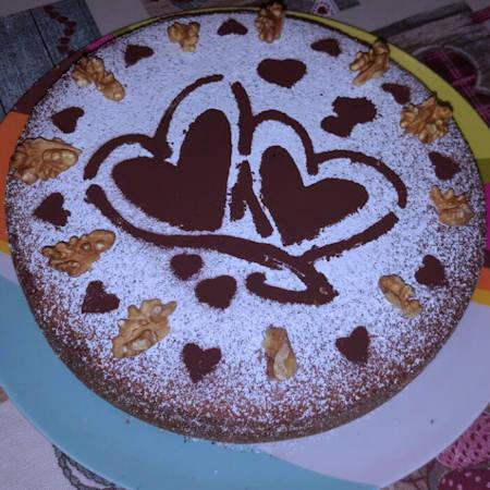 Torta soffice noci e gocce di cioccolato