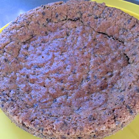 Torta veloce amaretti e cioccolato fondente