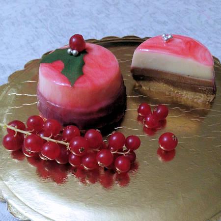 Tortini ai tre cioccolati con glassa a specchio