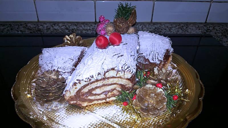 Dolci Di Natale Con Il Bimby.Tronchetto Di Natale Alla Nutella Ricette Bimby
