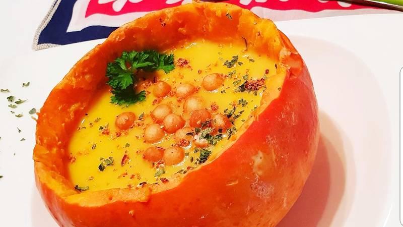 Vellutata di zucca Hokkaido e patate