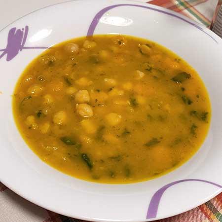 Zuppa ceci, zucca e spinaci